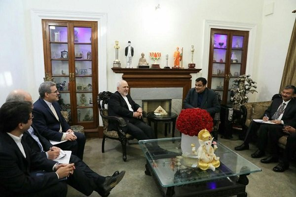 Iran, India ministers discuss bilateral ties