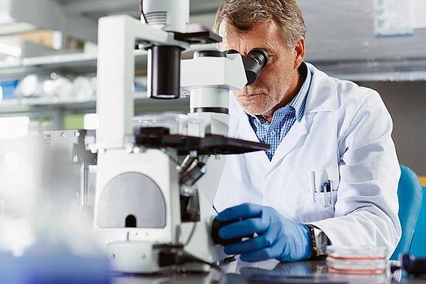 ضرورت غربالگری سرطان کولون از ۵۰ سالگی/نقش پزشکی شخصی