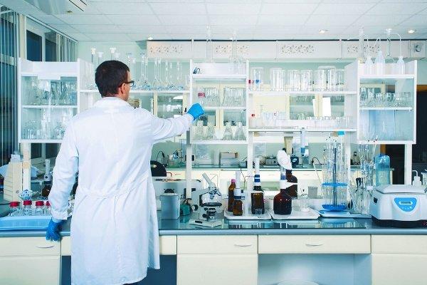 پرداخت ۴۰ میلیون یورو به ۱۰۰ دانشگاه برای خرید تجهیزات آزمایشگاهی