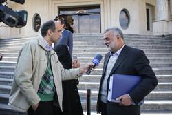 کابینہ کے اراکین کی اجلاس کے بعد ذرائع ابلاغ کے نمائندوں سے گفتگو