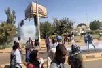 Sudan'da eylemcilerin öldürülmesi protesto edildi