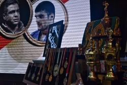 مدال قهرمانان ملی به موزه آستان قدس رضوی اهدا شد