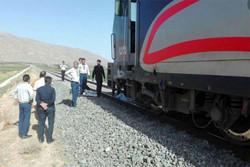 سریال پایان ناپذیر تصادف مردم با قطارهای عبوری در شهرهای تهران