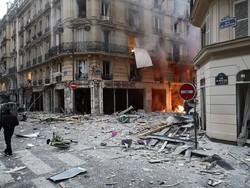 Paris şiddetli patlamaya sarsıldı