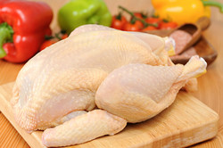 پشتپرده افزایش قیمت مرغ در بازار / برخی عوامل زنجیره تامین کارشکنی میکنند