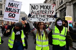 السترات الصفراء يتظاهرون في لندن!