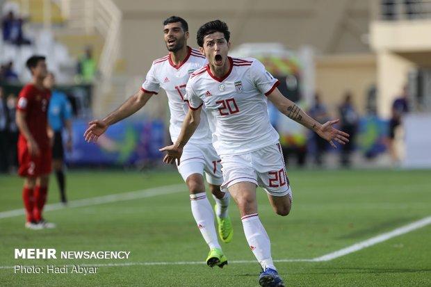 تبریک آقای گل فوتبال جهان به مهدی طارمی و سردار آزمون