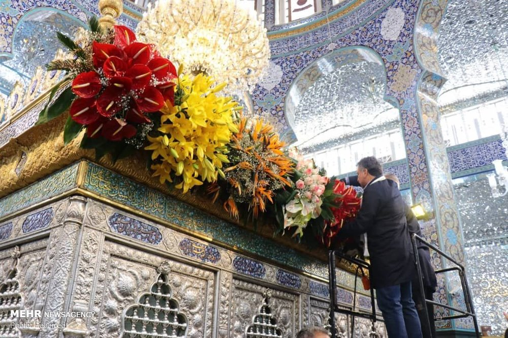 گل آرایی حرم حضرت زینب سلام الله علیها