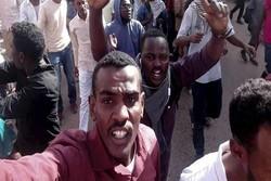 پایتخت سودان شاهد تظاهرات و تیراندازی شدید است