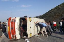 واژگونی مینی بوس در آزاد راه قزوین، کرج حادثه آفرید