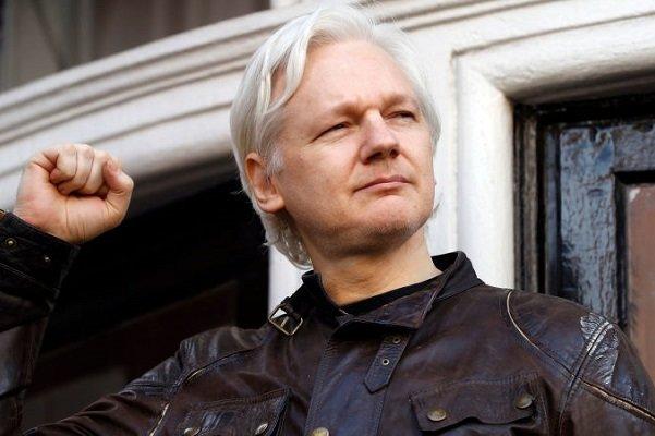 برطانیہ میں وکی لیکس کے بانی جولین اسانج گرفتار