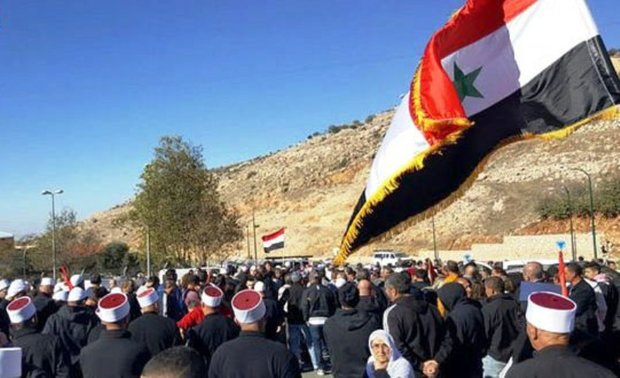 Golan people affirm to confront with Israeli attempts to steal their lands