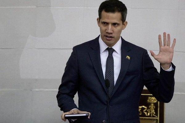 غوايدو يعود الى فنزويلا وسط مخاوف من توقيفه