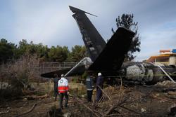 ۵ نفر از شهدای سقوط هواپیمای ٧٠٧ ارتش همدانی هستند