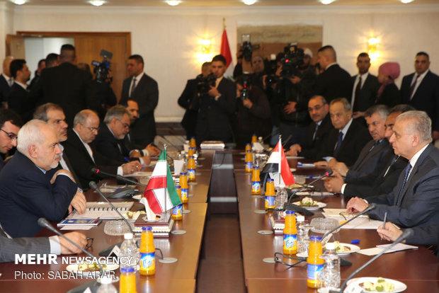 ظريف: إيران والعراق يعتزمان زيادة نسبة التبادل التجاري السنوي