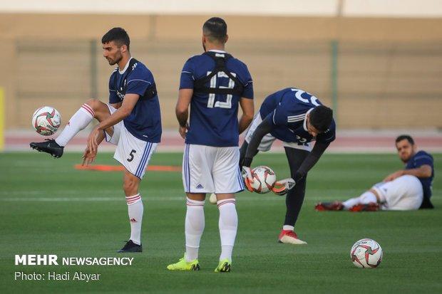 İranlı milli futbolcular Irak maçı için hazırlanıyor