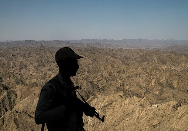 """Afghanistan releases two Iranian border guards detained for """"illegal crossing"""""""