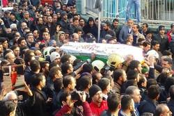 پیکر شهید آتش نشان «احسان جامعی» به خاک سپرده شد