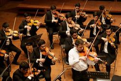ارکسترهای دو هنرستان موسیقی روی صحنه رفتند/شبی برای موسیقی ایرانی