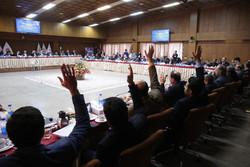 ادامه تعیین سرنوشت ورزش ایران با «صلوات»/ جلوی روسا همه دستها بالاست!