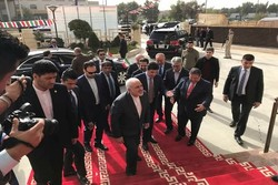 Iran reliable partner for KRG, Zarif tells a business meeting in Erbil