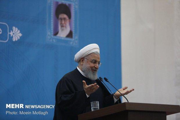 ایرانی عوام کو اسلامی نظام سے جدا کرنے کی کوشش/ ایرانی قوم سر تسلیم خم نہیں کرےگی