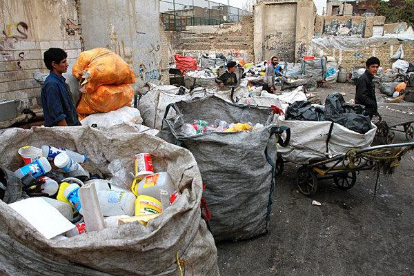 سالانه ۲۷.۵ میلیارد تومان برای جمعآوری زباله در یزد هزینه میشود