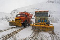 راه ارتباطی ۶۰ روستا به دلیل برف و کولاک مسدود است