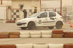 مسابقات رالی اتومبیلرانی ایثارگران استان تهران برگزار شد