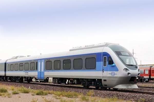 فروش بلیت قطارهای نوروزی تهران-مشهد از ساعت ۱۷ فردا آغاز میشود