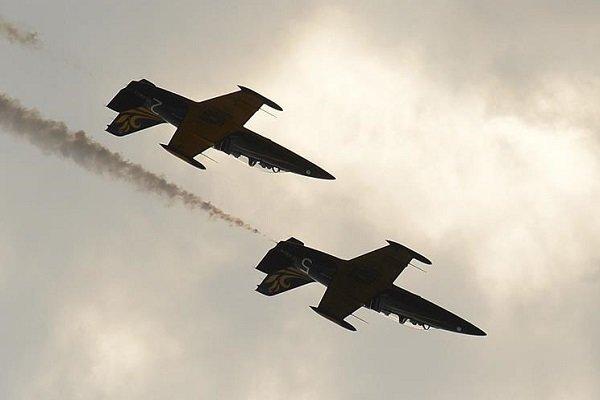 Rusya'nın doğusunda iki savaş uçağı düştü