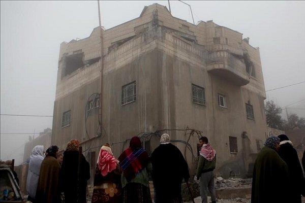 İsrail askerleri Filistinli tutuklunun evini patlattı