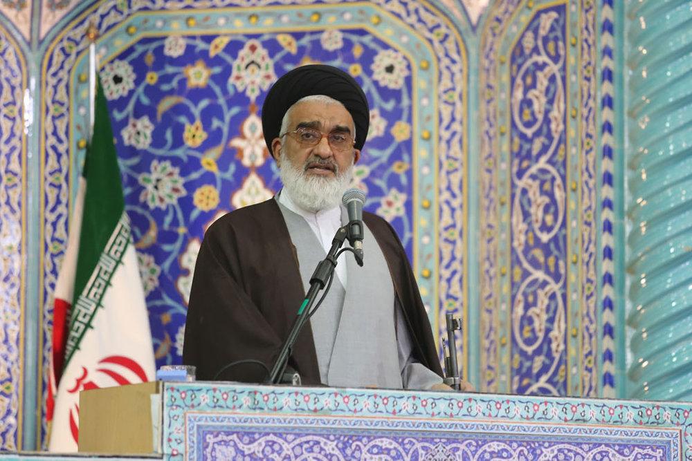 فروپاشی نظام دوقطبی جهان از دستاوردهای انقلاب اسلامی بود