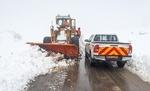 بازگشایی راه ۲۱۴ روستای گرفتار در برف