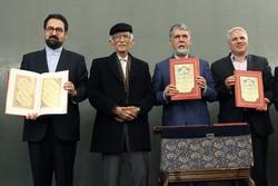 اسلامی ندوشن راه ارتباطی ادبیات کهن و معاصر ایران است