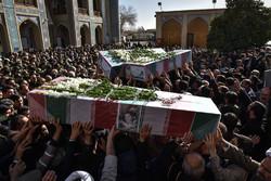تشییع پیکر ۳ شهید هشت سال دفاع مقدس در شیراز