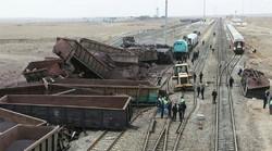 خروج ۱۲ واگن قطار باری بافق -بندرعباس/حادثه تلفات جانی نداشت
