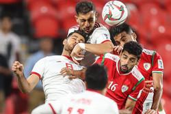 المنتخب الايراني يتقدم على نظيره العماني بهدفين في الشوط الاول