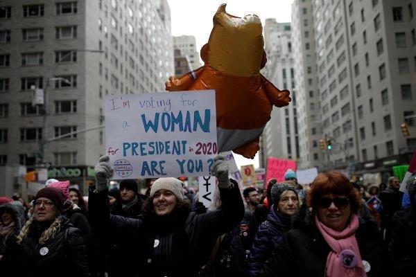 مسيرات للنساء تعم الولايات المتحدة
