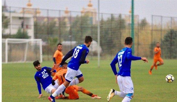 کاروان تیم فوتبال استقلال به تهران برگشت