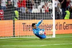 İranlı kaleciden 2019 Asya Kupası'nda büyük performans
