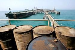 عرضه نفت در بورس؛ کلید انحصارشکنی فروش سنتی/لزوم استمرار عرضه