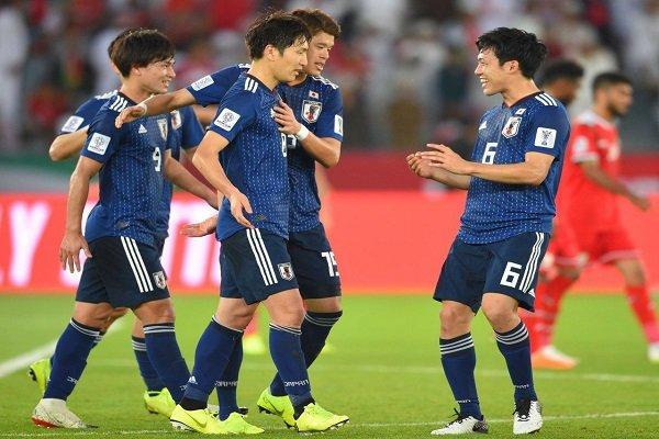 ژاپن با پیروزیهای اقتصادی به جمع ۸ تیم برتر رسید
