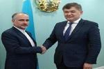 سفير إيران في كازخستان يؤكد على ضرورة تعزيز العلاقات الطبية بين طهران وآستانا