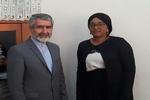 سفير إيران في داكار مع مسؤولة شؤون الشرق الأوسط في وزارة الخارجية السنغالية
