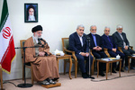 ایران کے محققین اور ممتاز اسکالروں کی رہبر انقلاب اسلامی سے ملاقات