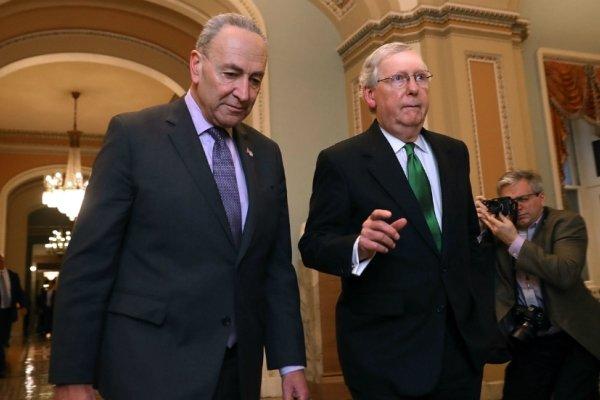 سنای آمریکا لوایح پیشنهادی برای بازگشایی دولت را به رأی می گذارد