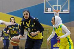دختران بسکتبالیست اروند تیم بسکتبال کرمان را شکست دادند