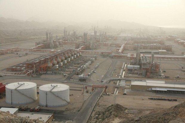 انتقال دومین سکوی فازهای ۲۲ تا ۲۴ به میدان گازی پارس جنوبی
