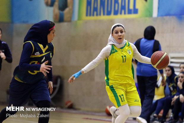 تیم دختران بسکتبالیست نوجوان اروند بر تیم یزد غلبه کرد